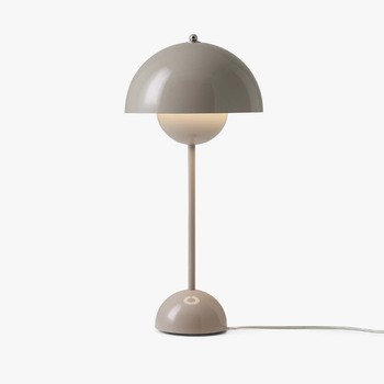 Настільна лампа &TRADITION Flowerpot table VP3 grey beige