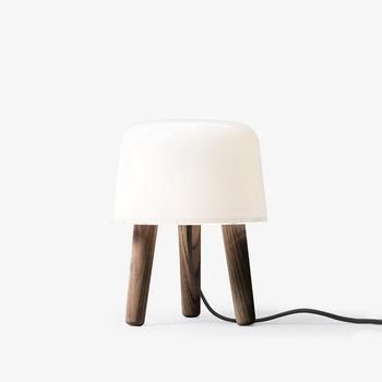 Настільна лампа &TRADITION Milk Table Lamp NA1, Smoked Oiled Ash Legs, Black Cord